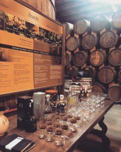 Виски и брэнди в бочках, дегустация